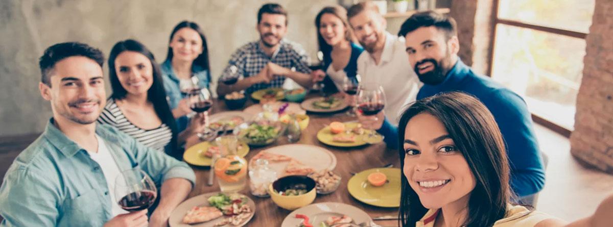 Celebra con tus amigos